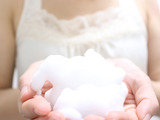 エイジングケアで酵素洗顔が必要な理由。 毛穴や角栓はいつもキレイに。